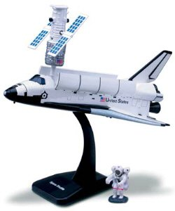 Plastic Nasa Model Kit (NASA Space Adventure Child Plastic Toy Model Kit - Space Shuttle)