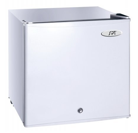 SPT UF 114W Upright Freezer White