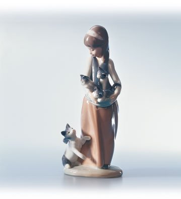 Lladro Following Her Cats Figurine