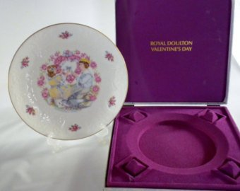 Royal Doulton Valentines Day Plate - Vintage Royal Doulton 1977 Valentine's Day Plate