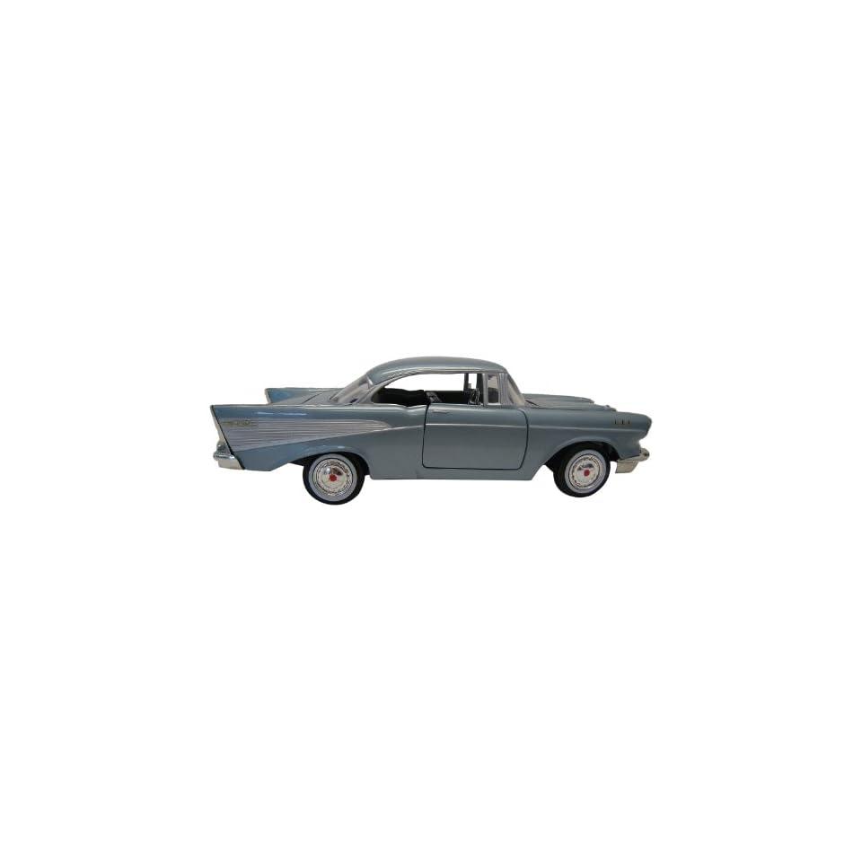 Motormax 124 Die Cast 1957 Chevy Bel Air American Graffiti