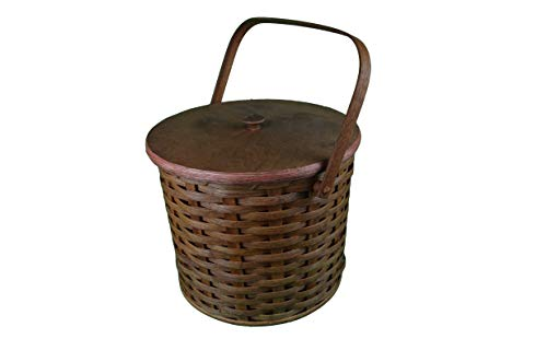 Amish Handmade Triple Three Pie Carrier Basket with Wood Handle and Lid. Carry 3 Pies to a Picnic or Family Gathering. 13 Inches Wide 11 Inches Tall. The Amish Craftsman Has Just Created This Unique Country Carrier Basket. The Pie Carrier Basket Comes with Two Wooden Internal Dividers That Seperate the Pies. It Is a Great Addition to Any Decor and Will Be the Talk of Your Family and Friends. Possibility of Fresh Stain Odor, Will Need to Be Aired Out Upon Product Arrival