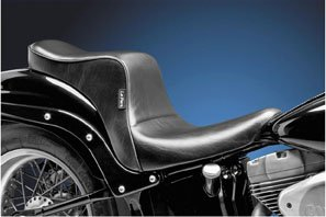 06-14 HARLEY FLSTC: Le Pera Cherokee Seat (200mm Tire) (Black)