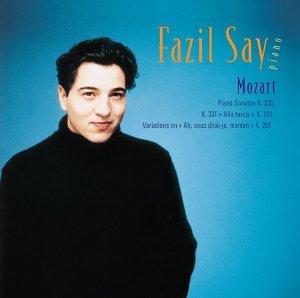 Mozart: Piano Sonatas & Variations by Warner Music France