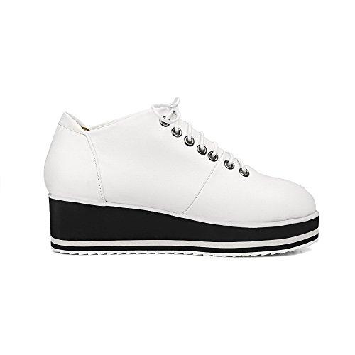Amoonyfashion Kvinnor Spets-up Pu Rund Tå Kattunge-klackar Fasta Pumpar-shoes Vita