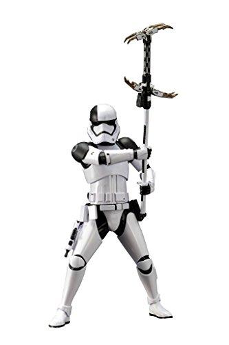 Kotobukiya Star Wars Episode VIII First Order Storm Trooper Executioner Collectible Figure ()