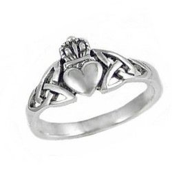 Sterling Silver Claddagh Celtic Triquetra Ring Size 6