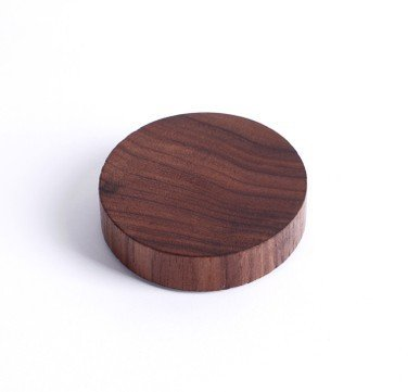 Walden Theory Minimalistic Magnetic Wooden Key Holder, Fridge Magnet, Key Hook Organizer Chain Ring, Modern Chic Stylish Original Design, Handcrafted, Home Office Hotel Gift, Free Key Ring (Circle)