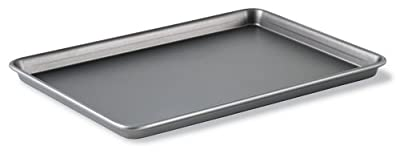 Calphalon Classic Bakeware 12-by-17-Inch Rectangular Nonstick Jelly Roll Pan