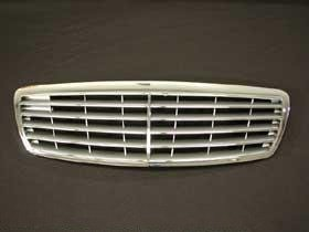 Mercedes w211 OEM front Grille Assembly Atlas Gray NEW