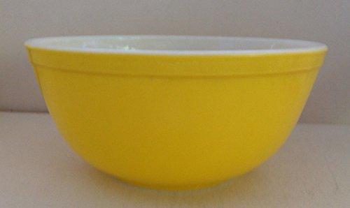 Vintage 1960's Pyrex Daisy Sunflower 2 1/2 Quart Orange-Yellow Mixing Batter Nesting Bowl #403