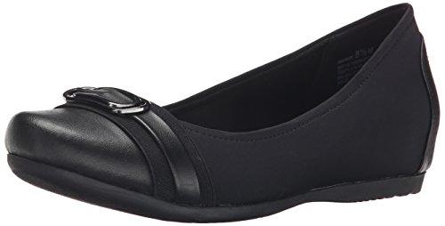 Women's Flat Black Markie Women's Baretraps Black Women's Black Flat Flat Markie Baretraps Markie Baretraps xqwaB81f