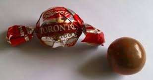 Nestle Savoy Toronto Chocolate Covered Hazelnut Savoy 2 PACKS of 36 Unit each.