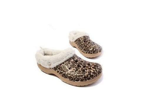 62cedb428 Amazon.com  New Crocs Mammoth Shoes Golden leopard Adults Unisex Winter  Slippers Mens Womens Multidimension (M4-W6)  Health   Personal Care