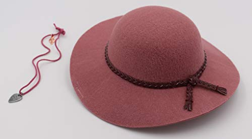 - American Girl Tenney's Hat and Necklace for 18-inch Dolls