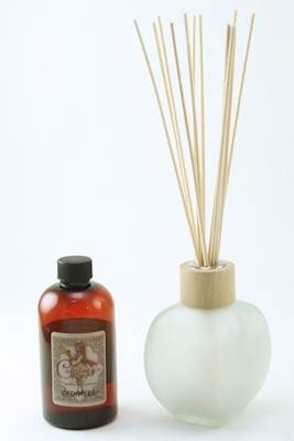 frosted biarritz nouveau reed diffuser