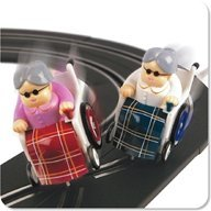 (Jumpin' Banana Track Racing Grannies)