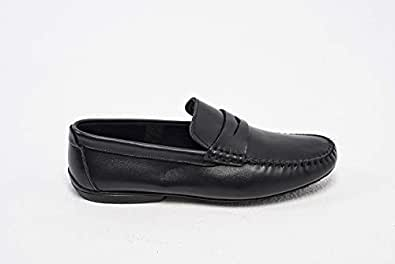 Konfidenz plain leather driver moccasins for men