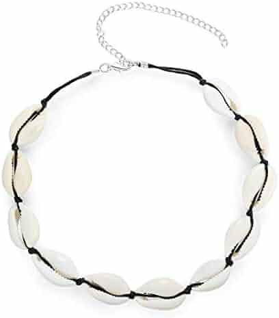 7d055af31 Summer Beach Natural Cowrie Shell Necklace Handmade Woven Adjustable Boho  Hawaii Sea Beach Choker for Women