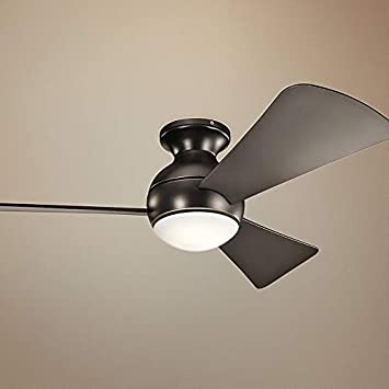 Kichler 330151MWH Sola 44 Outdoor Hugger Ceiling Fan with LED Light and Wall Control, Matte White