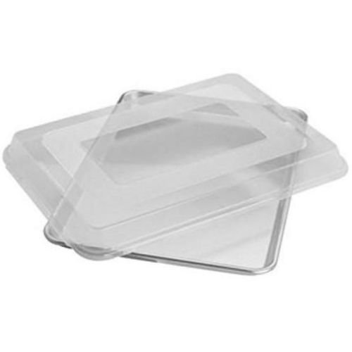 Focus Foodservice Quarter Size Plastic Sheet Pan Cover, 9 1/2 x 13 x 2 1/4 inch -- 12 per case. by Focus Foodservice