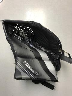MISSION ROLLERHOCKEY SLYDE CATCH GLOVE (Mission Hockey Hockey Gloves)