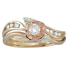 Black Hills Diamond Bridal Set made of 10k Gold from Coleman