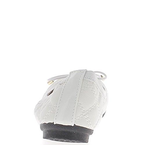 Ballerines blanches avec noeud effet matelassé