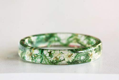Thin Resin Ring with Dried Moss and White Queen Anne's Lace Flowers