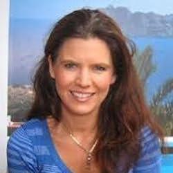 Mia Gordon