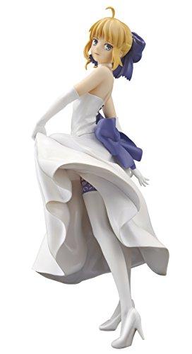 (Banpresto Fate/Stay Night UBW 7.1-Inch Saber Figure)
