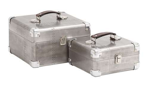 Sleek and Attractive Wooden Case Set of Two with Leather Handles