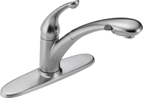 Delta Faucet Signature Single-Handle Kitchen Sink Faucet with Pull Out Sprayer