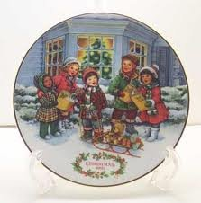 Avon 'Perfect Harmony' 1991 Christmas Plate (1991 Christmas Plate)
