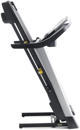 Gold's Gym Trainer 720 Treadmill 9