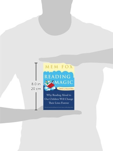 Amazon.com: Reading Magic: Why Reading Aloud to Our Children Will ...