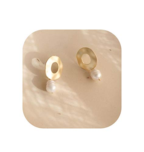 - Vintage Matte Metal Gold Embossed Portrait Sculpture Natural Irregular Freshwater Pearl Earrings For Girl,B