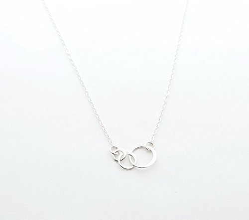 Sterling Silver Three Linked Circles Necklace, Dainty Necklace, Bridesmaid Gift