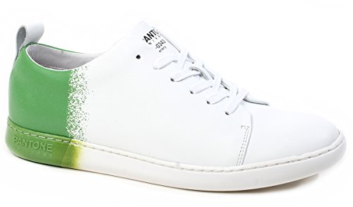 Year Greenery Color The Mod Ny Nyc Of Edition Universe Sneakers Footwear Unisex Limited Bianco Verde Colore Pantone P0003108686 Art UZqSpW