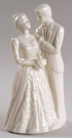 Promises Collection Bride and Groom Cake Topper (Plain), Fine China Dinnerware ()