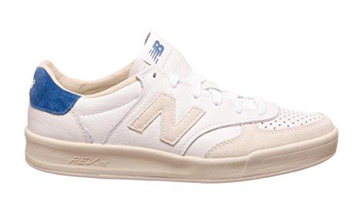 Calzado deportivo para hombre, color Beige , marca NEW BALANCE, modelo Calzado Deportivo Para Hombre NEW BALANCE CRT300 WL Beige Leather White D