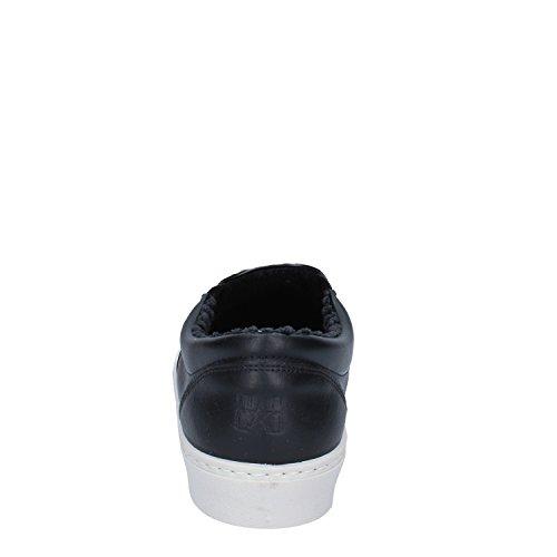 2 STAR Mocassini / Slip on Uomo Nero Pelle sintetica