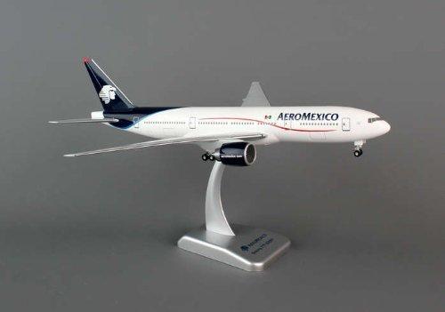 Daron Hogan Aero Mexico 777-200ER Model Kit with Gear, 1 200 Scale by Daron