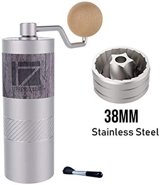 1zpresso Q2 Manual Coffee Grinder Mini Slim Travel Sized Fits In The Plunger Of Aeropress Assembly Stainless Steel Conical Burr Numerical Internal Adjustable Setting Coarse For Filter Capacity 20g Amazon Sg Home