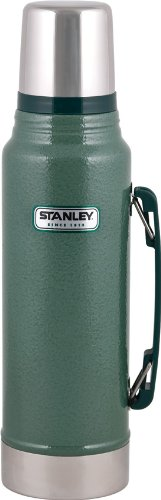 Outdoor 1.1 Quart Bottle (Stanley Classic Vacuum Bottle 1.1QT Hammertone Green)