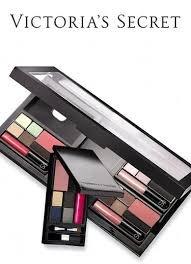 Kit Ultime essentielles Supermodel Victoria Secret maquillage (Valeur 188.00 $)
