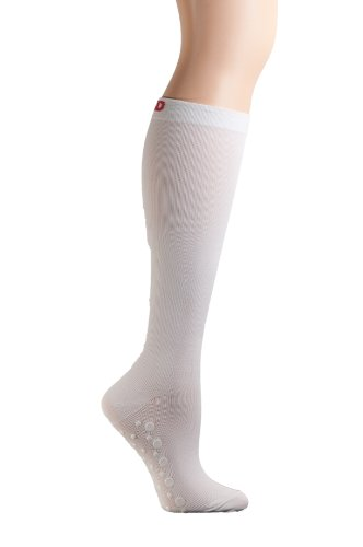 MD USA Flat Knit Micro-Fiber Non-Skid Compression Socks, White, Medium