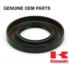 Kawasaki 92049-7011 Seal-Oil,Sd 35X62X8 L
