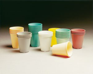 TIDI PLASTIC CUPS