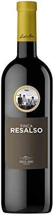 Vino tinto Ribera del Duero de variedad 100% tempranillo (tinto fino),Color rojo cereza picota con r